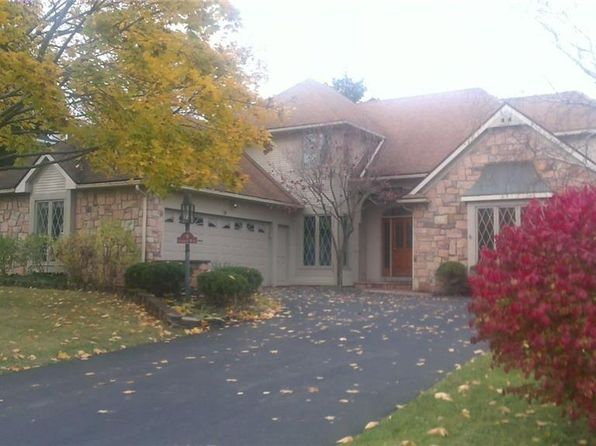 3 bed 3 bath Single Family at 9 Caversham Woods Pittsford, NY, 14534 is for sale at 350k - 1 of 24