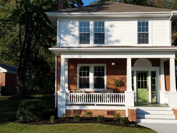 3 bed 2 bath Single Family at 195 Highland Ave Appomattox, VA, 24522 is for sale at 198k - 1 of 13