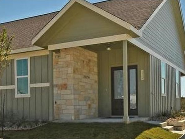 2 bed 2 bath Single Family at 241 Rose Dr Dripping Springs, TX, 78620 is for sale at 242k - 1 of 23