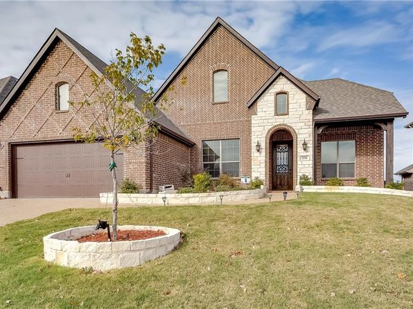 4 bed 3 bath Single Family at 2710 Spanish Oak Trl Wylie, TX, 75098 is for sale at 365k - 1 of 29