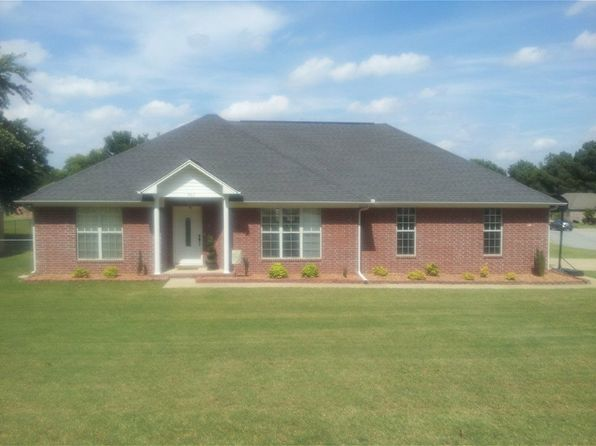 3 bed 2 bath Single Family at 802 Skyline Dr Searcy, AR, 72143 is for sale at 170k - 1 of 71