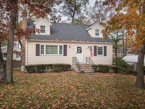 3 bed 2 bath Single Family at 107 Oakland St Medway, MA, 02053 is for sale at 350k - 1 of 24