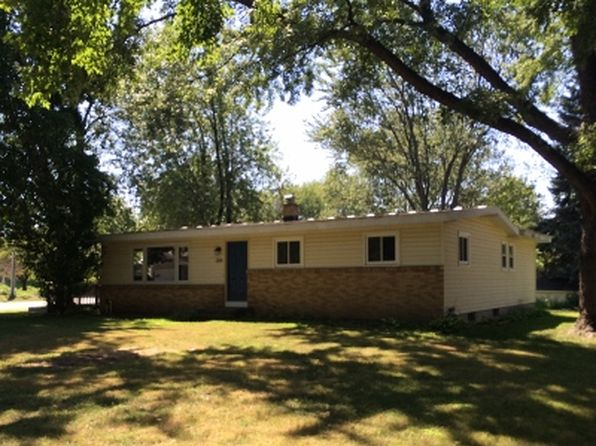 3 bed 2 bath Single Family at 284 Cambridge Ave Holland, MI, 49423 is for sale at 160k - google static map
