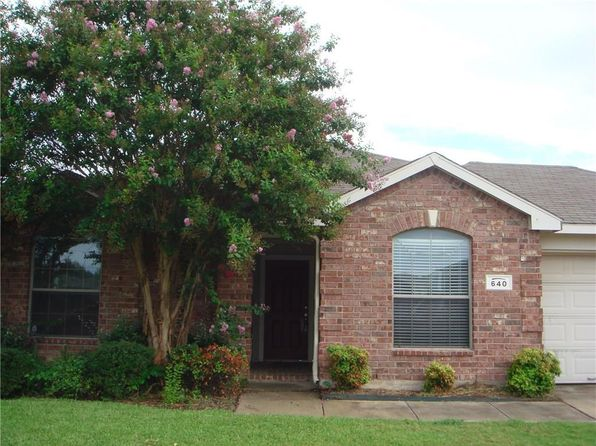 3 bed 2 bath Single Family at 640 Cranbrook Dr Fort Worth, TX, 76131 is for sale at 180k - 1 of 4