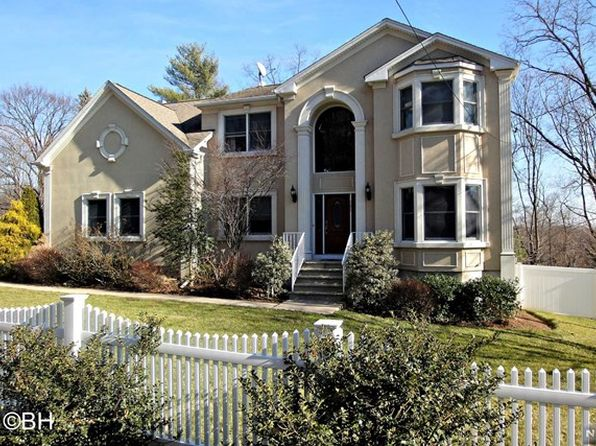 7 bed 3.5 bath Single Family at 280 Wierimus Rd Hillsdale, NJ, 07642 is for sale at 689k - 1 of 25