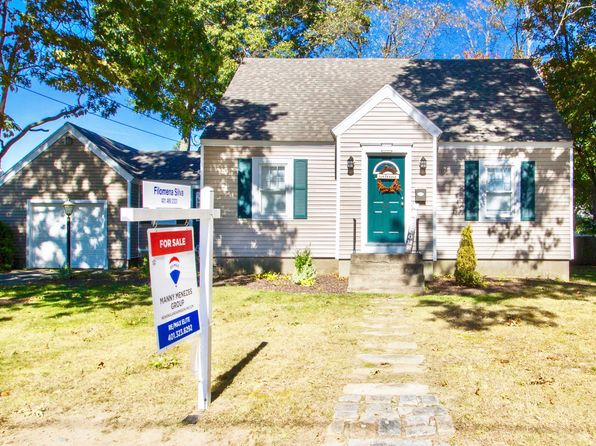 3 bed 2 bath Single Family at 44 Ramsay St Riverside, RI, 02915 is for sale at 270k - 1 of 19