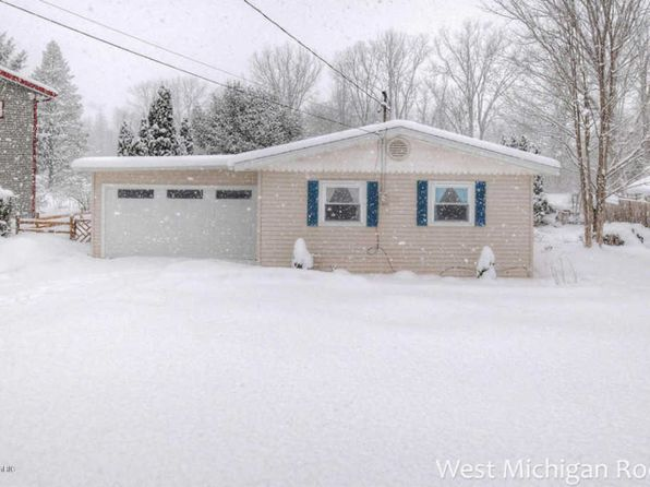 2 bed 1 bath Single Family at 6081 Mallard Dr Fennville, MI, 49408 is for sale at 185k - 1 of 28