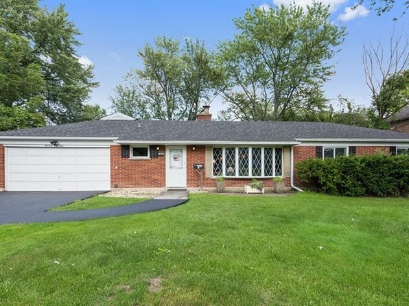 3 bed 2 bath Single Family at 1445 Sunset Ridge Rd Glenview, IL, 60025 is for sale at 375k - 1 of 3