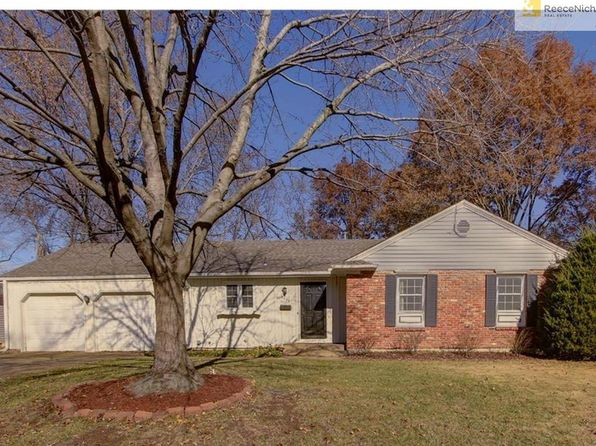 overland park mature singles Single family home for sale in overland park, ks for $482,500 with 4 bedrooms and 4 full baths, 1 half bath this 4,194 square foot home was built in 2004 on a lot size of 12799.