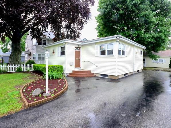 2 bed 2 bath Single Family at 21 Isabella Ave Providence, RI, 02908 is for sale at 149k - 1 of 32