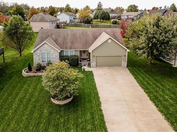 4 bed 3 bath Single Family at 2136 Willow Bend Dr Tonganoxie, KS, 66086 is for sale at 213k - 1 of 22
