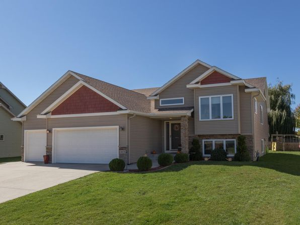 3 bed 2 bath Single Family at 3373 Woodstone Dr SW Rochester, MN, 55902 is for sale at 340k - 1 of 12