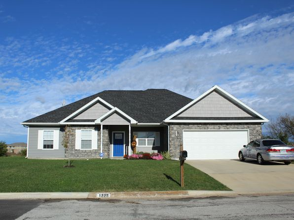 3 bed 3 bath Single Family at 1225 Montana Pl Joplin, MO, 64804 is for sale at 175k - 1 of 29