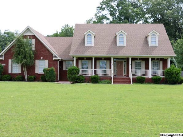 4 bed 3 bath Single Family at 4141 Old Highway 431 Owens Cross Roads, AL, 35763 is for sale at 270k - 1 of 40