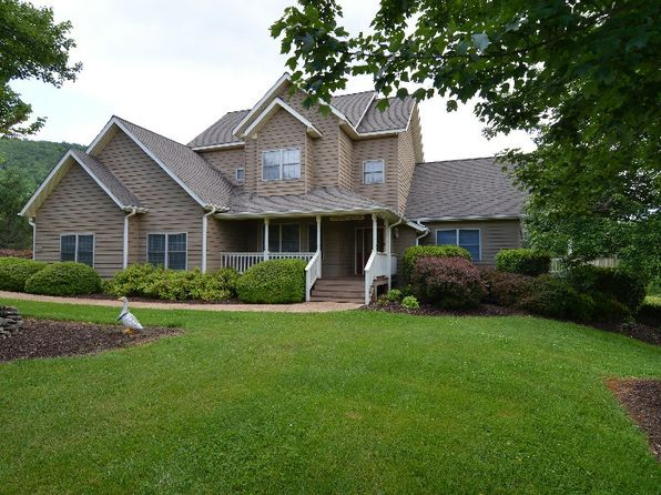 4 bed 4 bath Single Family at 4167 ASHELAND COVE DR Young Harris, GA, null is for sale at 300k - 1 of 19