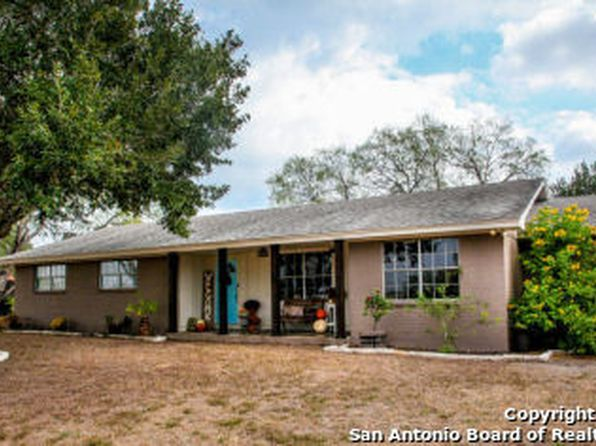 3 bed 3 bath Single Family at 1222 Fm 889 George West, TX, 78022 is for sale at 230k - 1 of 14