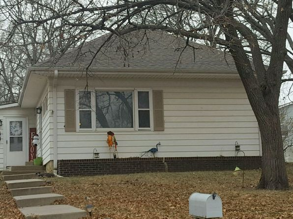 4 bed 1 bath Single Family at 2316 R St Auburn, NE, 68305 is for sale at 85k - 1 of 16
