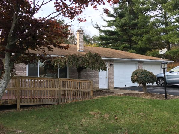 3 bed 2 bath Single Family at 138 N Walnut St Davidsville, PA, 15928 is for sale at 159k - 1 of 30