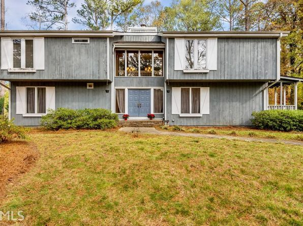 5 bed 3 bath Single Family at 20 Pine Island Ct Roswell, GA, 30076 is for sale at 300k - 1 of 26