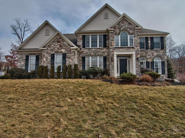 5 bed 4 bath Single Family at 225 Bluestone Ave Mountain Top, PA, 18707 is for sale at 430k - 1 of 29