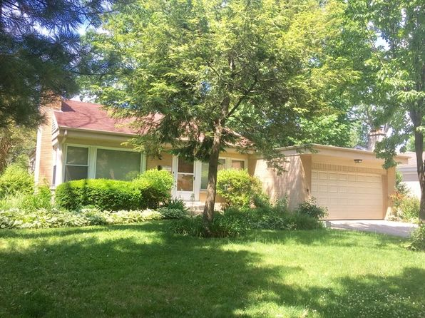 3 bed 2 bath Single Family at 4910 Morse Ave Skokie, IL, 60077 is for sale at 293k - 1 of 19