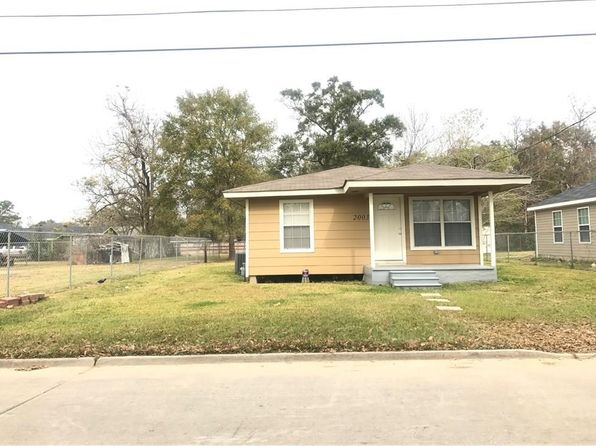 3 bed 1 bath Single Family at 2003 Medora St Lake Charles, LA, 70601 is for sale at 85k - 1 of 15