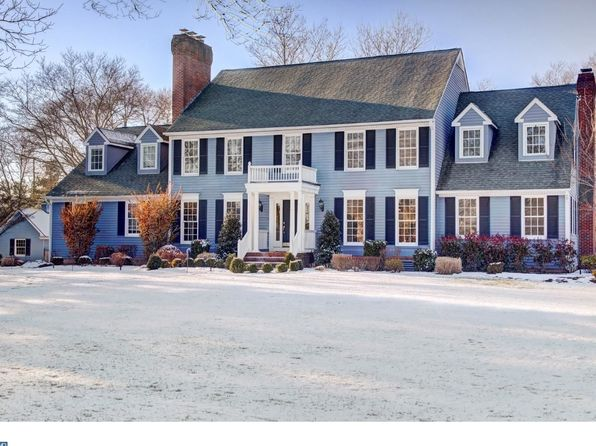 5 bed 3 bath Single Family at 5 W Shore Dr Pennington, NJ, 08534 is for sale at 899k - 1 of 25