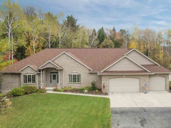 5 bed 4 bath Single Family at 3319 Tarragon Trl Suamico, WI, 54313 is for sale at 650k - 1 of 22
