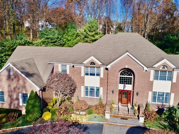 6 bed 5 bath Single Family at 11 Colts Dr Holmdel, NJ, 07733 is for sale at 1.30m - 1 of 34