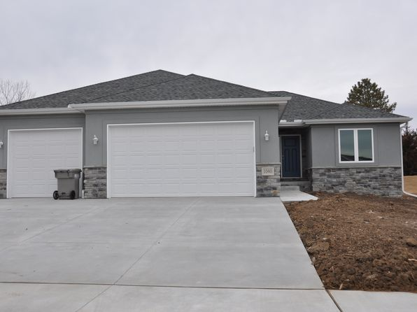 3 bed 2 bath Single Family at 1040 Hackberry St Bennet, NE, 68317 is for sale at 239k - 1 of 29