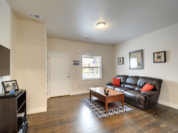3 bed 2 bath Townhouse at 4050 Sveta Ln Wellington, CO, 80549 is for sale at 279k - 1 of 13