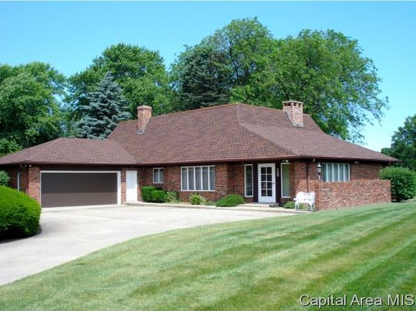 4 bed 4 bath Single Family at 211 Illini Dr Galesburg, IL, 61401 is for sale at 340k - 1 of 36