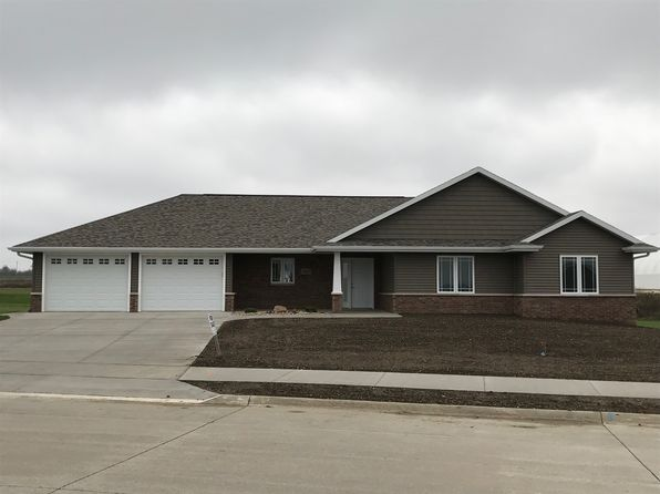 3 bed 2 bath Single Family at 1025 12th Ave SW Dyersville, IA, 52040 is for sale at 240k - 1 of 15