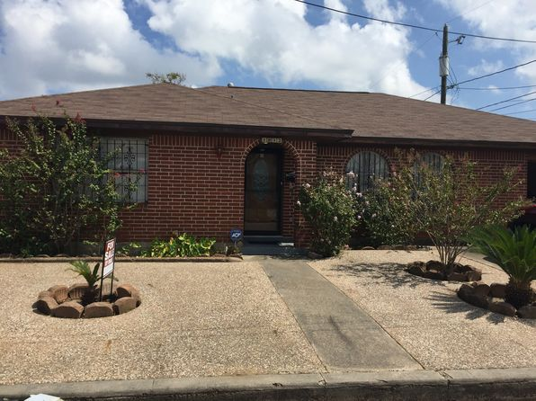2 bed 2 bath Single Family at 1812 51st St Galveston, TX, 77551 is for sale at 178k - google static map