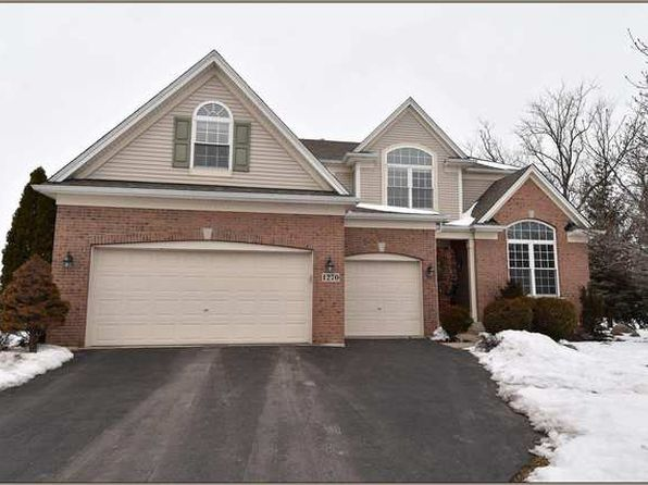 4 bed 3 bath Single Family at 1270 Hall St Sugar Grove, IL, 60554 is for sale at 315k - 1 of 31