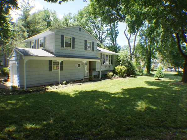 3 bed 2 bath Single Family at 661 New Durham Rd Metuchen, NJ, 08840 is for sale at 440k - 1 of 22