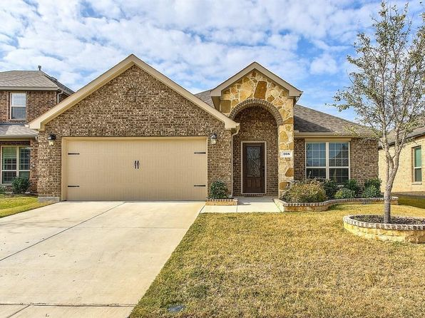 3 bed 2 bath Single Family at 208 Cherry Spring Dr McKinney, TX, 75070 is for sale at 320k - 1 of 32