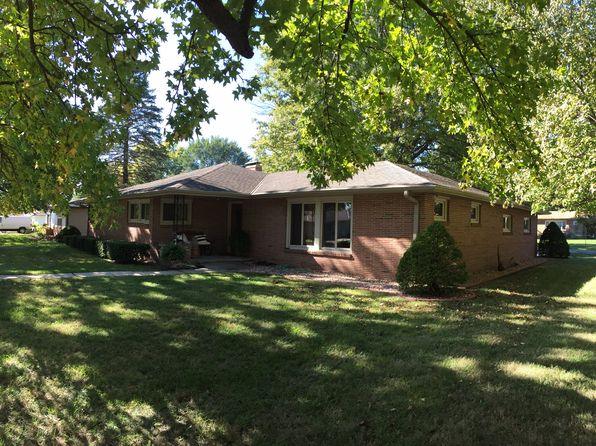 3 bed 2 bath Single Family at 3514 W Lantern Ln Saint Joseph, MO, 64506 is for sale at 157k - 1 of 10