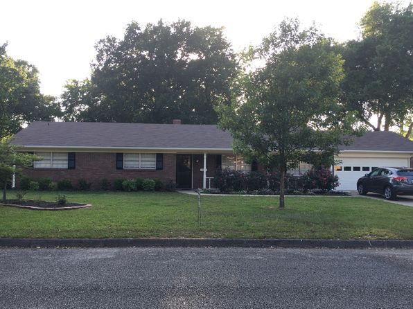 4 bed 3 bath Single Family at 409 Delano St Longview, TX, 75604 is for sale at 194k - 1 of 23