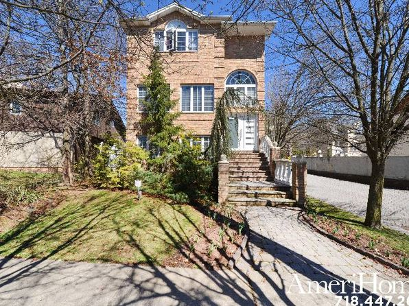 3 bed 4 bath Single Family at 407 Woods of Arden Rd Staten Island, NY, 10312 is for sale at 879k - 1 of 18