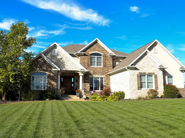 5 bed 6 bath Single Family at 803 Canterbury Dr Burlington, IA, 52601 is for sale at 700k - 1 of 26