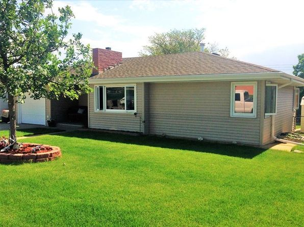 3 bed 2 bath Single Family at 703 W 7th St Mc Cook, NE, 69001 is for sale at 165k - 1 of 17