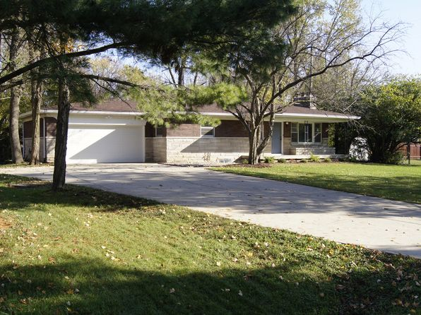 3 bed 2 bath Single Family at 9611 Kittrell Dr Indianapolis, IN, 46280 is for sale at 230k - 1 of 6
