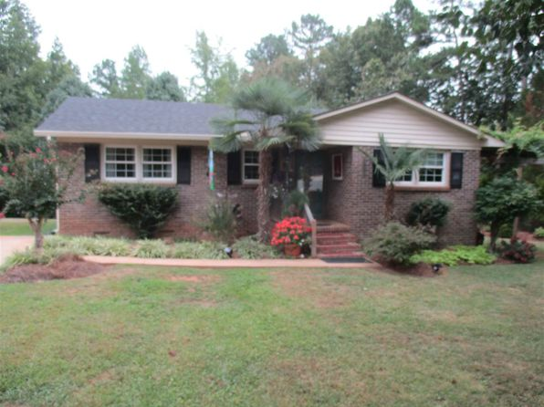 3 bed 1 bath Single Family at 190 Shady Hill Dr Union, SC, 29379 is for sale at 85k - 1 of 23