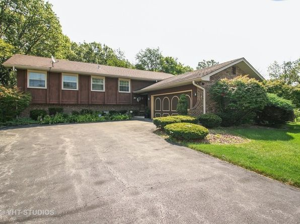 3 bed 3 bath Single Family at 3405 Innsbruck Ln Crete, IL, 60417 is for sale at 170k - 1 of 15