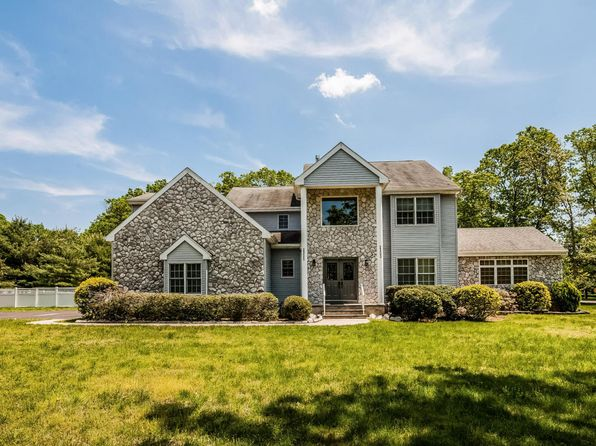5 bed 5 bath Single Family at 2303 Autumn Dr Toms River, NJ, 08755 is for sale at 759k - 1 of 38