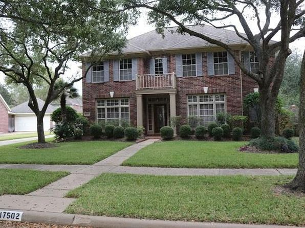 4 bed 4 bath Single Family at 17502 Hollyberry Ln Sugar Land, TX, 77479 is for sale at 423k - 1 of 20