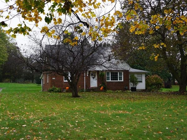 3 bed 2 bath Single Family at 1828 State Route 44 Atwater, OH, 44201 is for sale at 150k - 1 of 25