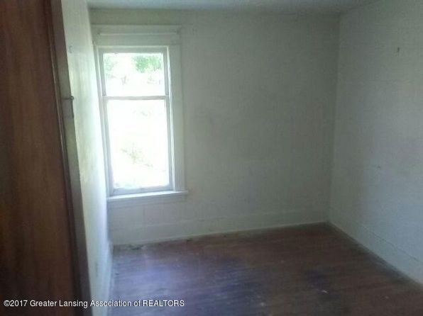 3 bed 1 bath Single Family at 1717 Herbert St Lansing, MI, 48910 is for sale at 18k - 1 of 2
