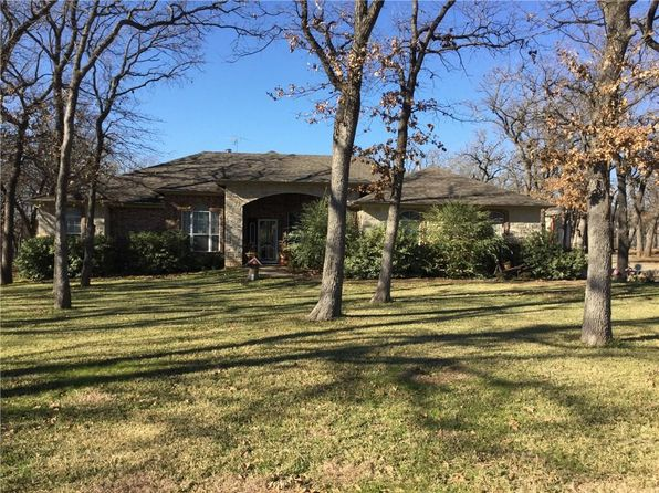 4 bed 3 bath Single Family at 433 County Road 4929 Newark, TX, 76071 is for sale at 350k - 1 of 23